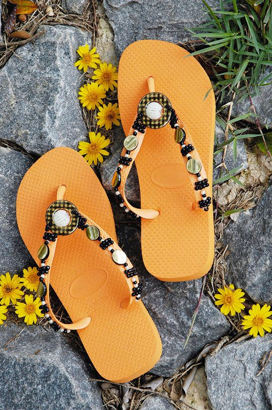flip flop ideas orange black decorated with beads
