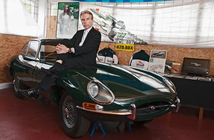 Jaguar E-Type Vehicle used by a character or in a car chase. You can se Jaguar E-Type 1962 British Green in the Jame