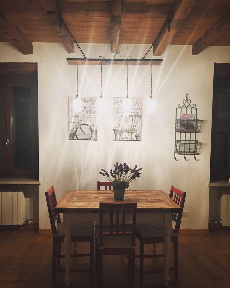 Lampadario con vasetti Bormioli, filo elettrico oro e asse di ciliegio. Il tutto appeso con 2 catene di metallo alle travi :) #myhome #sweet #hobby