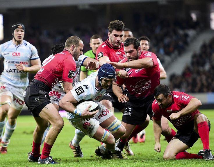 #Hoje #FINAL #Rugby  FINAL DO CAMPEONATO FRANCÊS TOP 14 RACING 92 x RUGBY CLUB TOULONNAIS  A grande final do Top 14 - o campeonato francês de Rugby - será decidida este ano no Camp Nou em Barcelona. Quem levantará este ano o cobiçado Bouclier de Brennus sucedendo ao Stade Français? O Racing 92 que venceu em placar apertado o Clermont (34-33) finalista em 2015? Ou o Toulon que bateu o Montpellier na semifinal (27-18)? Comentários: Laurent Bellet e Éric Blanc