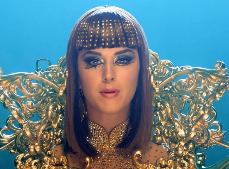 "News/Katy Perry Premieres ""Dark Horse"" Music Video—Watch Now! Katy Perry Dark Horse Video"