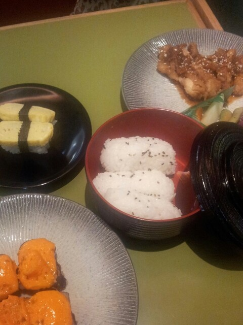 Sushi kiosk2