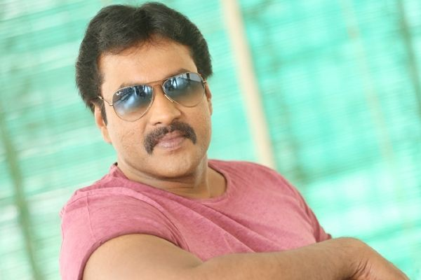 Actor Sunil to be seen in comedy avatar in next film!