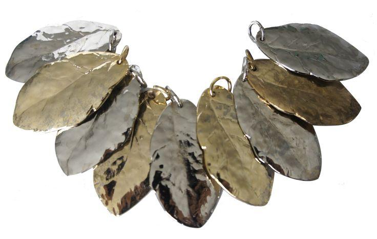 Hojas metalizadas de acabado en níquel, oro y níquel negro.