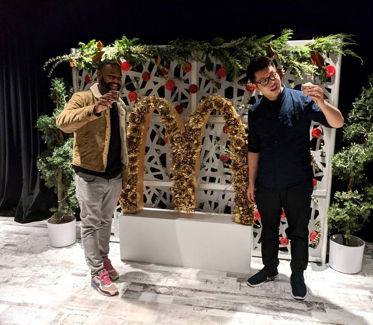 Enjoying McD's new festive drinks with @eatfamous at @mcdonaldscanada's holiday party! Crème Brûlée Latte and Peppermint Mocha Iced Frappé. We were treated to a fine dining experience of the all the new McD's holiday menu items.  #mccafeyourholiday #teammcds #toronto #canada #mcds