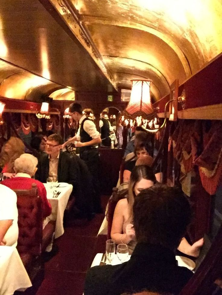 Dining on the Tramcar - Photo by: Granger Trip