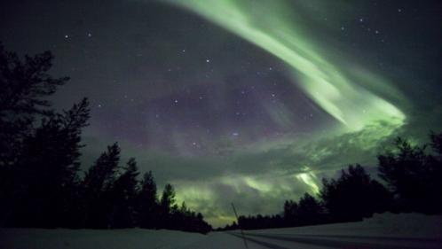 フィンランドでオーロラを楽しむ | オーロラツアーの専門店「旅工房」