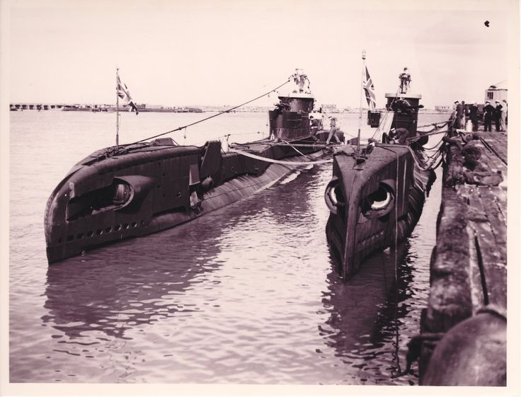 1945 British submarines. Fremantle was the largest submarine base in the South Hemisphere during the Second World War.