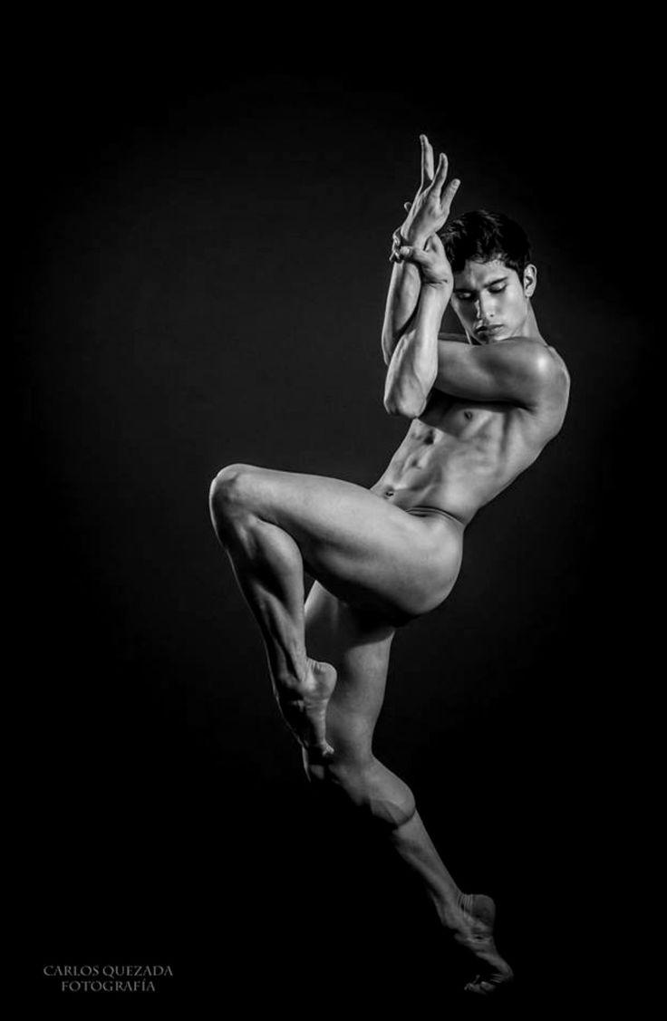 Dance Photography Captures Nude Ballet Dancers On Nyc Rooftops