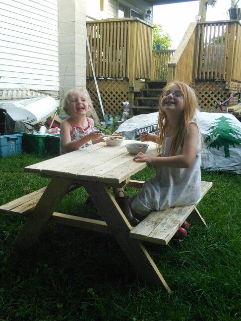 Kids picnic table made by me