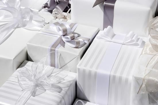 The Ultimate Wedding Gift-Giving Guide
