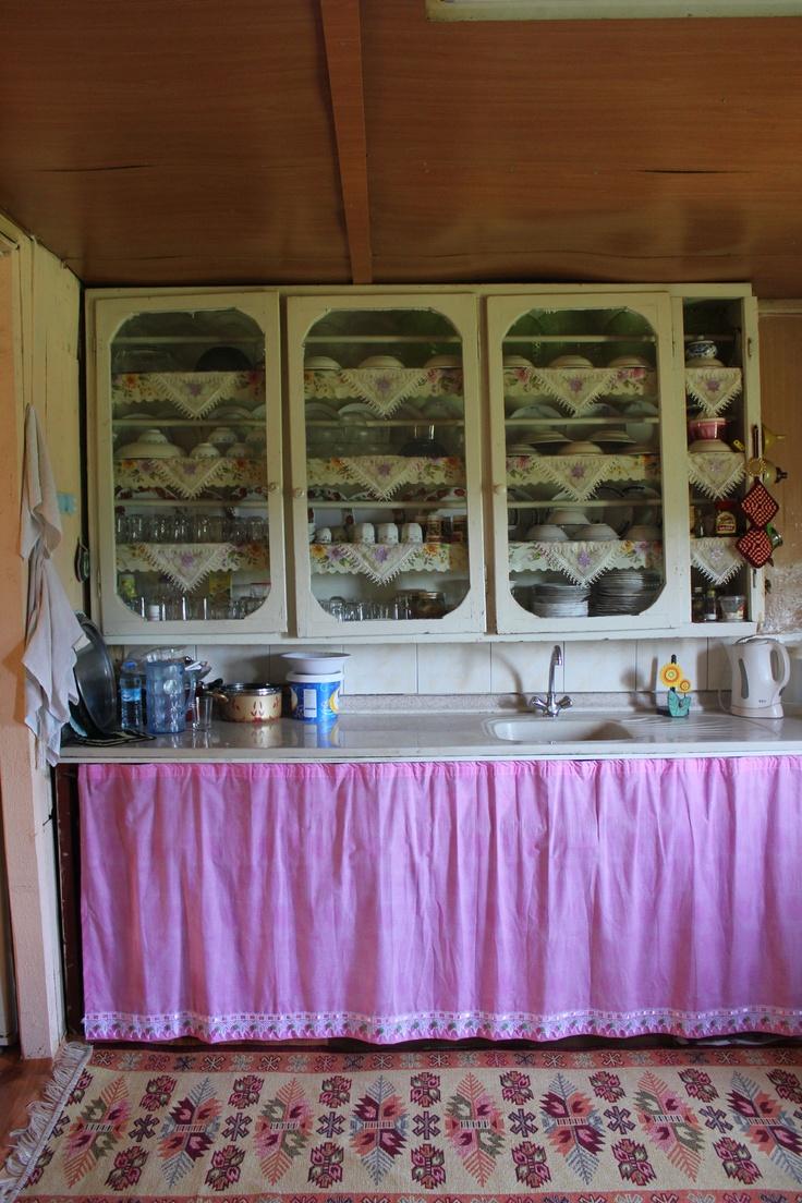 Köydeki evimizin mutfağı