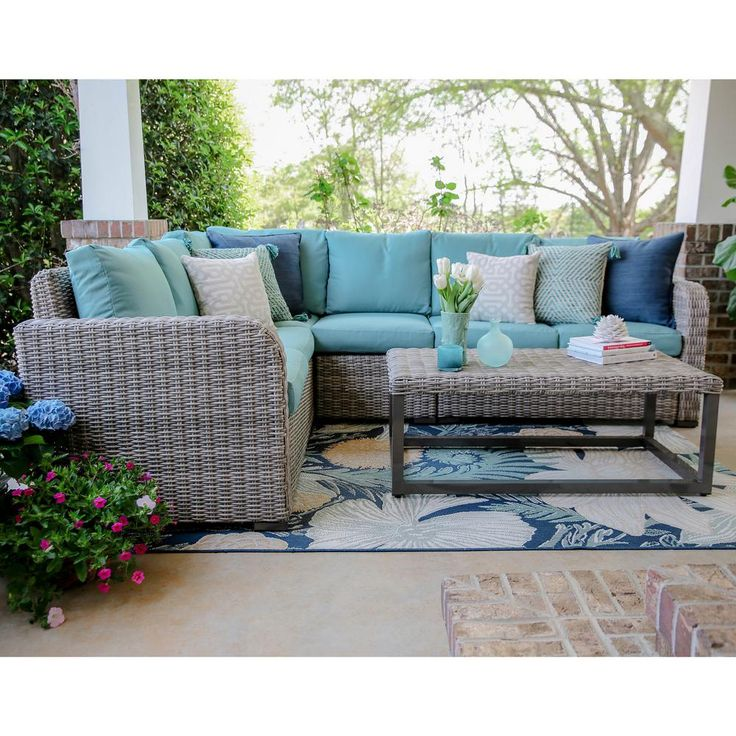Leisure Made Forsyth 5-Piece Wicker Outdoor Sectional Set with Blue Cushions