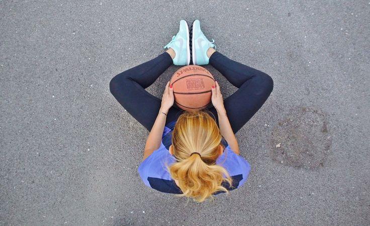 Tayt bluz spor ayakkabı nike mor mavi lacivert