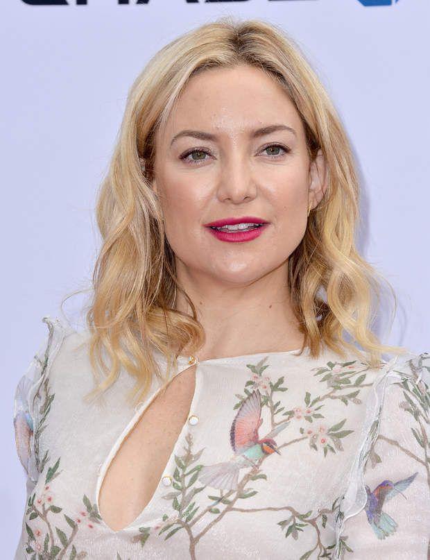 Le blond doux de Kate HudsonPourquoi elle a tout bon ?Avec un jeu de mèches blond doré et blond polaire, l'actrice a trouvé comment transformer radicalement son châtain clair trop uniforme.