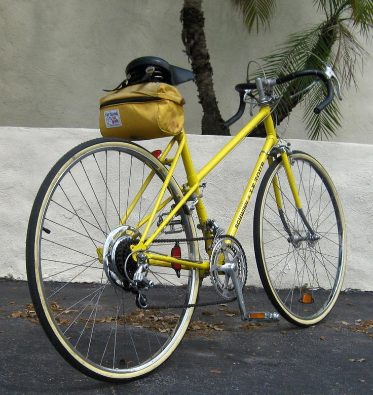 353318c8bb8 ... Vintage Yellow Bike Fuji: Schwinn Le Tour...beeeeautiful.