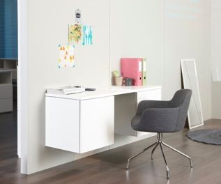 Make a nice desk in you home office with Lundia Fuuga modules on the wall!