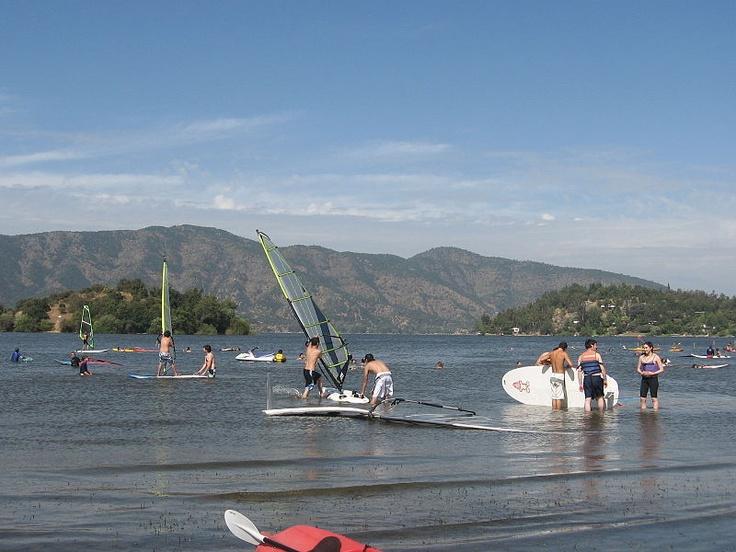 Laguna de Aculeo, naturaleza pura a pocos kilómetros de Santiago