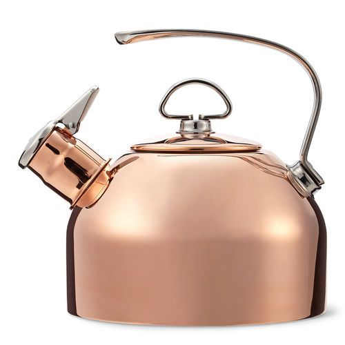 This tea kettle rocketed to popularity when introduced over 30 years ago. The accolades continue for this timeless Chantal original.