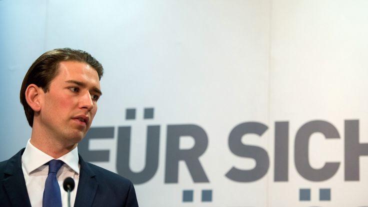 Heftiger Vorschlag: Österreichs Außenminister Sebastian Kurz will Flüchtlinge auf Inseln im Mittelmeer festhalten. Zur Abschreckung.
