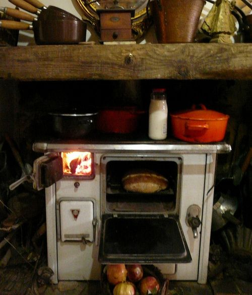 Rustic Kitchen Ovens: 152 Best Images About Old Stoves On Pinterest
