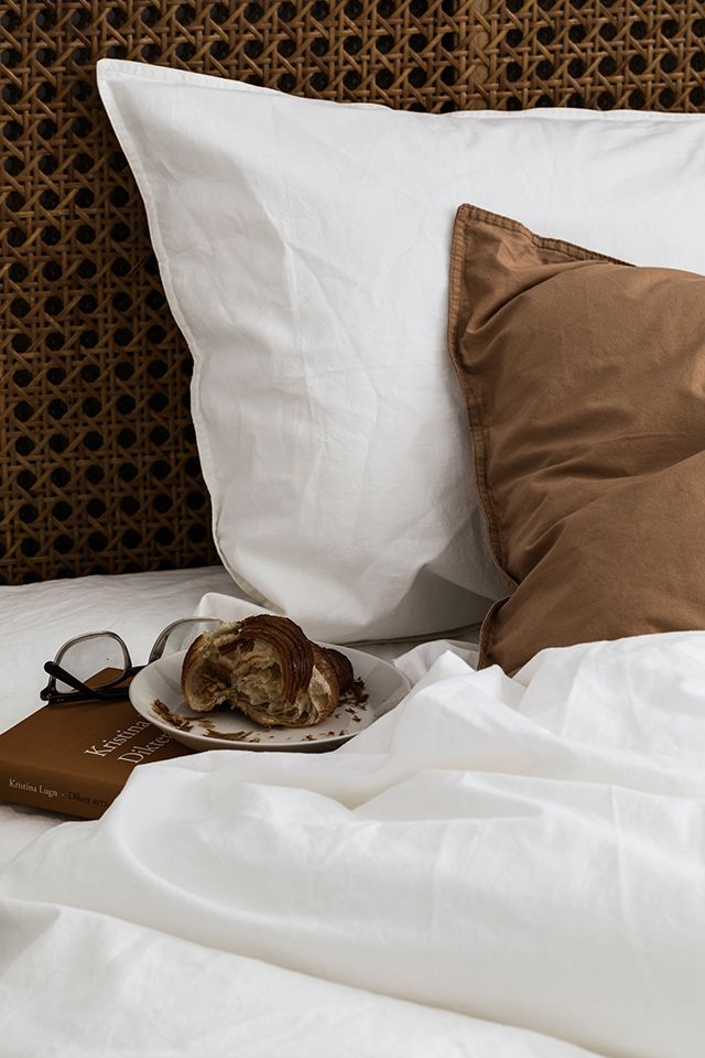 The brainchild of Josephine Blix and Louisa Hammarbäck , Midnatt (Midnight) is a newly established Swedish brand that makes bedding for c...