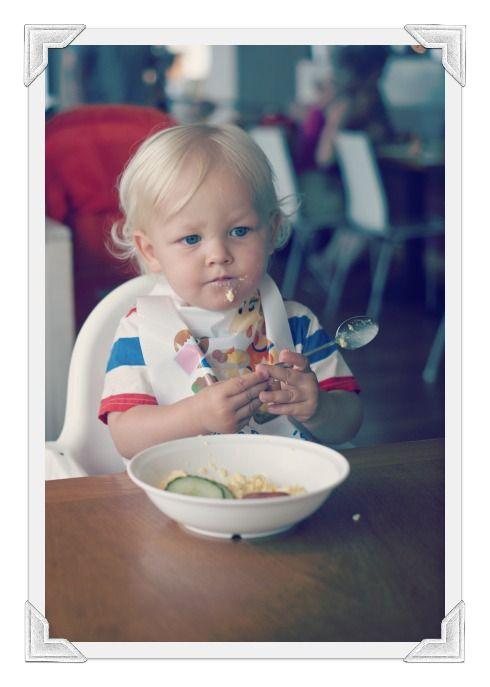 Stina ger tips till dig som ska resa utomlands med barn. http://lifestyleblogs.se/girle/2012/11/08/resa-barn/