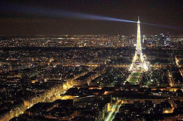 """Párizs: Eiffel-torony A a """"ikertestvérek""""!"""