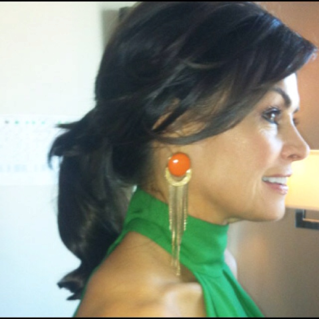 Lisa Wilkinson before the Logies. Amazing hair, earrings, style and the best smile in the business.