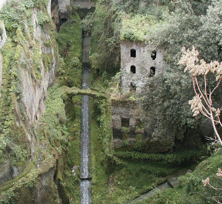 hotel del salto, colombia | 15 lugares abandonados mais incríveis do planeta