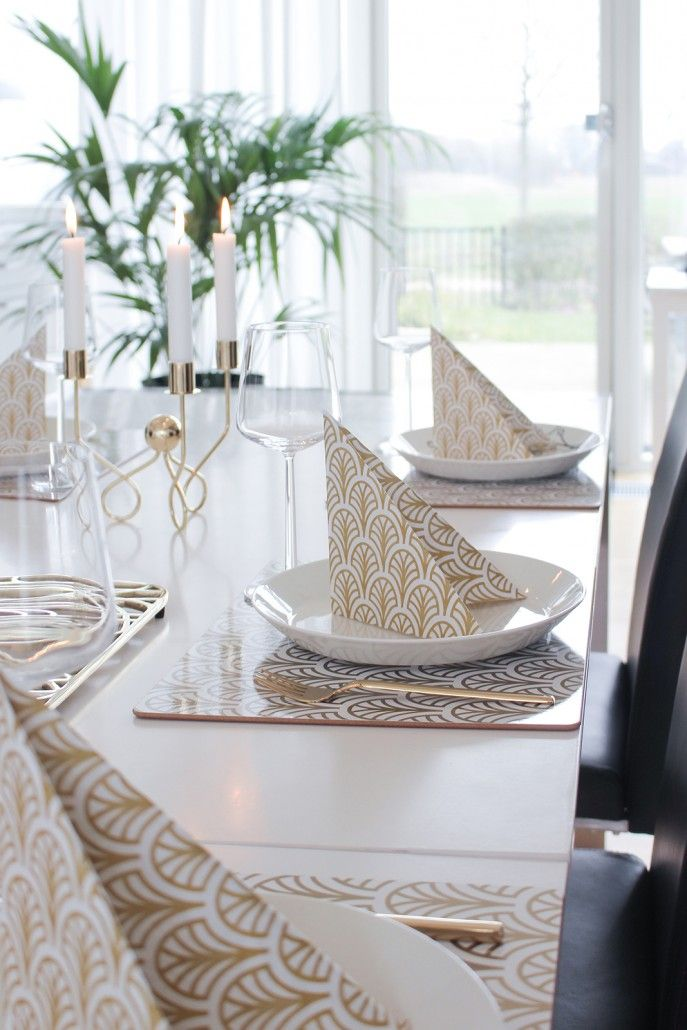 Placemats and napkins in tablesetting. Galleri – Dekohem