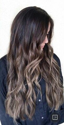 Ashy brown balayage hombre look on long brown hair. I love this look for a comfortable and classy hair style. | @gaby_cantoo