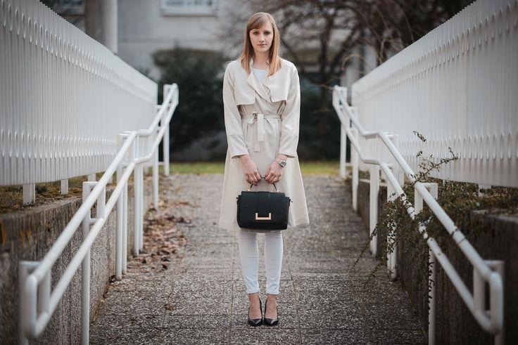 hm bej trençkot ekstra uzun, ss 2014 saat & M, stil blogger, tüm beyaz kıyafet, moda blogger, hm çantası 2014