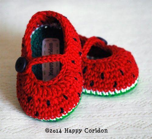 Crochet Jobs : Scarpe per beb? lavorate a crochet a forma di fragola, anguria e mela ...