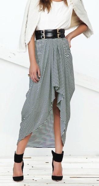 Maxi skirt + wide belt