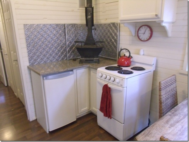 51 best images about 320 square foot cottage on pinterest stove tiny kitchens and pantry. Black Bedroom Furniture Sets. Home Design Ideas
