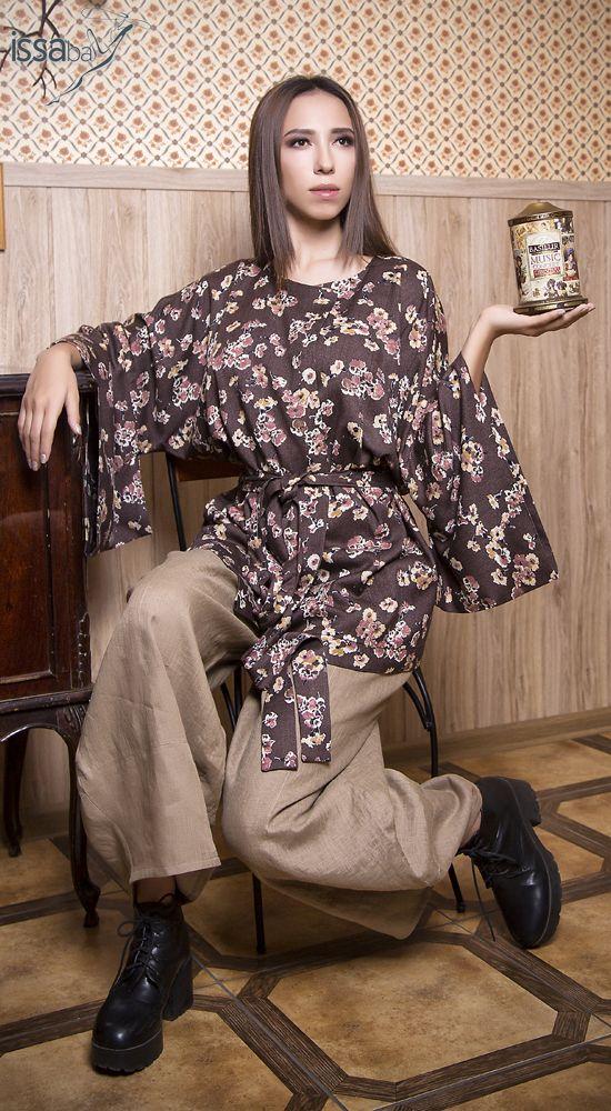 Жакет-кимоно на запах без пуговиц, пояс длинный на кулиске. Рукава  3/4