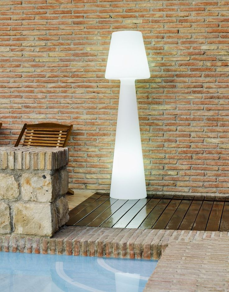 Glow in the dark contemporary outdoor floor lamp