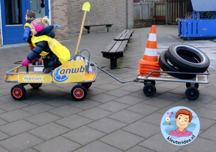 Thema 'pech onderweg' ANWB rollenspel voor kleuters wegenwacht 3 kleuteridee