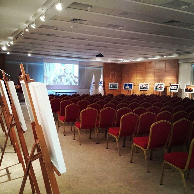 Film gösterimiz saat 14.00 da Kadriye Zaim Konferans salonunda. Bekliyoruz…