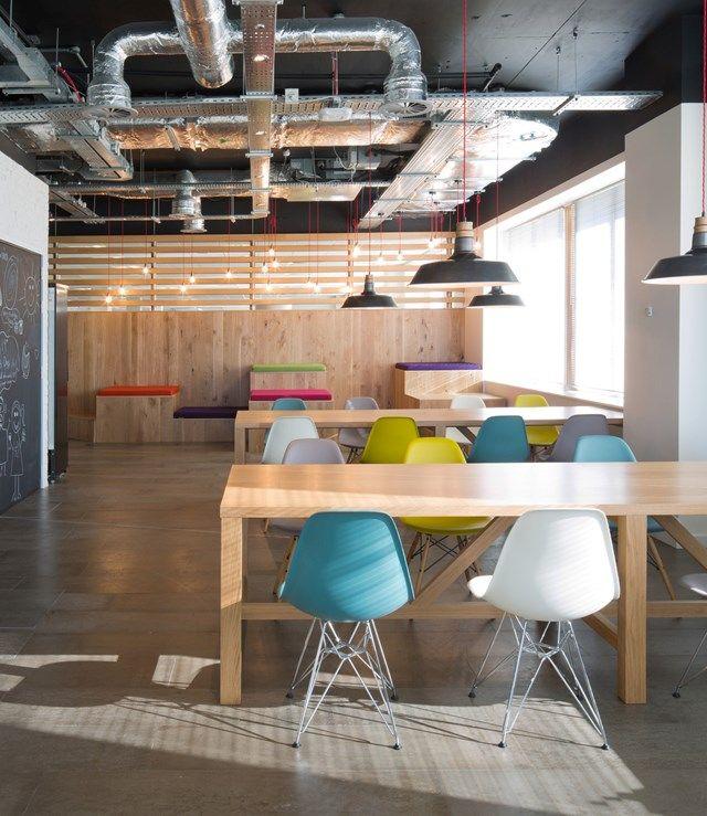 Office Furniture Dealer   OFFICE DESIGN  Breakout area