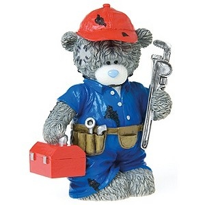 Me To You Mr Fix It features Tatty Teddy all ready to do any odd jobs or DIY around the home.