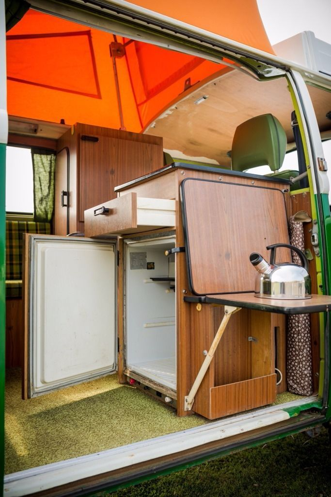VW Type 2 Bay Campervan 1979 with original Westfalia interior and reconditioned 2L petrol engine - 6