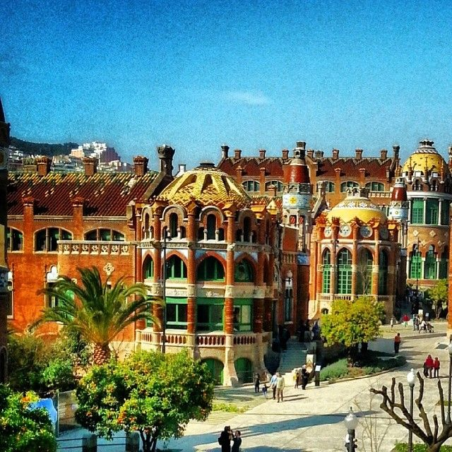 Travel In Spain Barcelona Architecture Tour: 1000+ Images About Buildings In Barcelona On Pinterest
