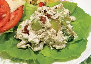 Ingredients        1/2 cup mayonnaise      1/4 cup sour cream      3 cups chopped, cooked chicken      1 cup seedless grapes, halved      3/4 cup toasted chopped pecans      Salt and pepper    Instructions        In a medium bowl, combine mayonnaise and sour cream. Stir in chicken, grapes, and pecans. Add salt and pepper to taste.