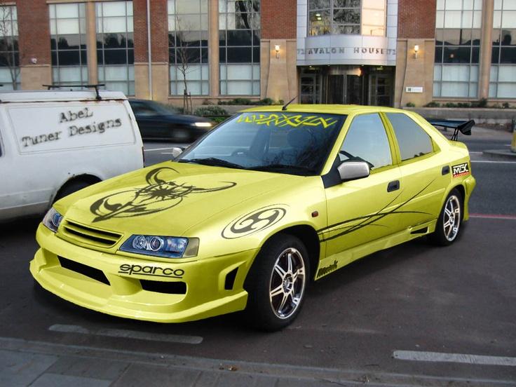 Yellow Citroen Xantia