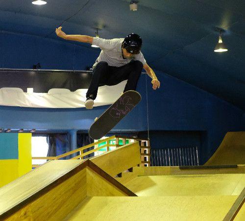 【スケートボード】五輪競技入り祝って華麗テクニック披露 #東京五輪 #skateboarding