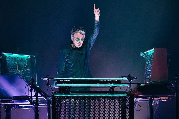 Jean-Michel Jarre anuncia suspensión de su gira sudamericana - Radio Concierto