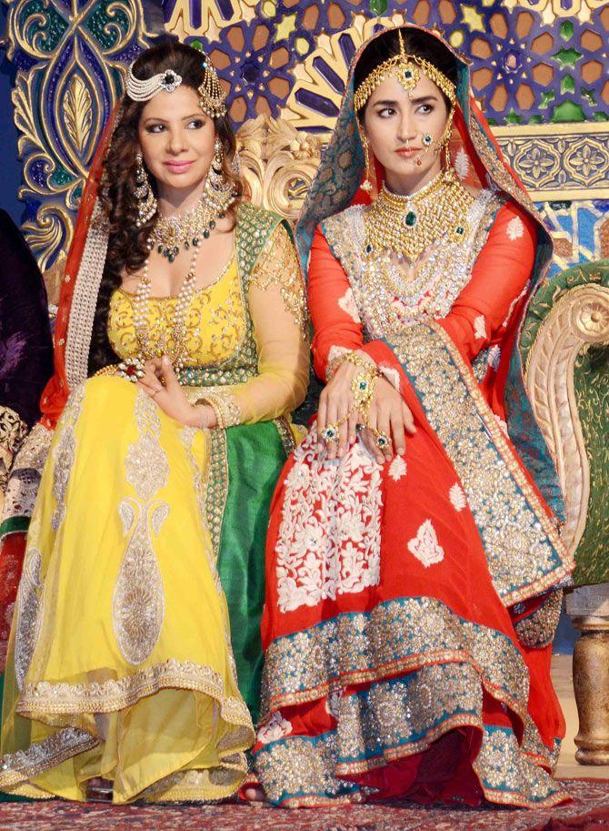 Sambhavna Seth and Thalida Turi on location shoot of TV serial 'Razia Sultan'. #Bollywood #Fashion #Style #Beauty