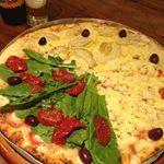 E hoje finalmente vim provar a pizza da pizzasforfun sem glten sem contaminao cruzada e deliciosa Tem opes veganas tb  eles fazem entregas agendadas em vrios bairros de SP menusemgluten